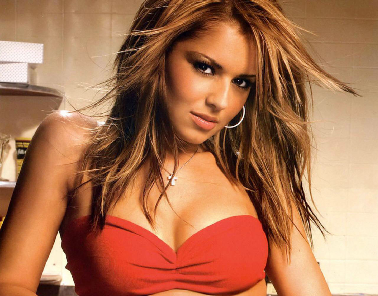 Cheryl Cole hot woman